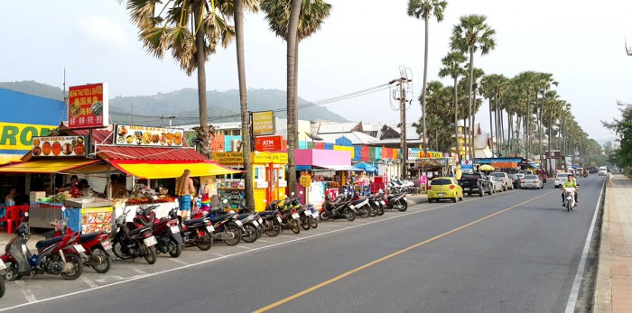 Shopping Bazaar along Karon Beach